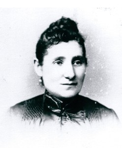 Minna Levy Cohen, David's wife and owner of the Lower East Side's finest jewelry and silver collections, c. 1880. Photo courtesy of the Andron family.