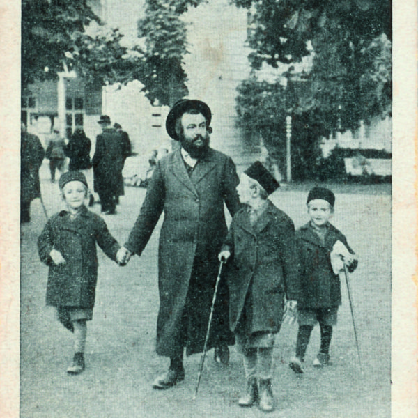 Father with children on way to synagogue, From Lost Synagogues of Europe exhibition at the Museum at Eldridge Street